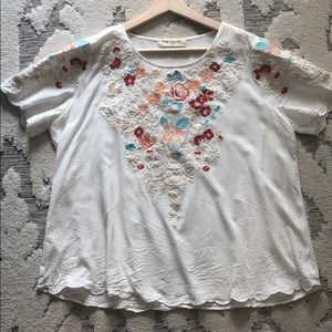 Floral embroidered blouse- Size large